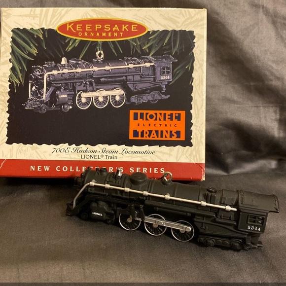 HALLMARK KEEPSAKE ORNAMENT-LIONEL 700E Hudson Steam Locomotive Die-Cast